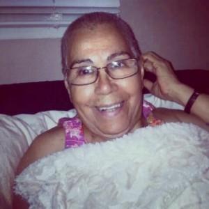Bald is Beautiful. Mi Abuelita. F&$% Cancer!