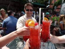 La Vida Sunshine's NOLA experience - It's Hurricane Time @ Pat O' Briens